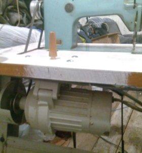 Швейная машина промышленая 1022М