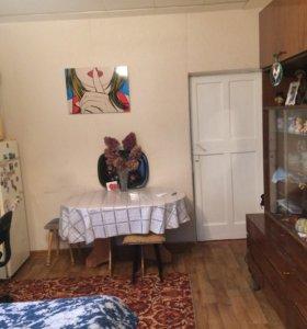 Комната в 3 х комнатной кв