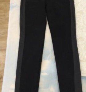 Лосины и черные джинсы