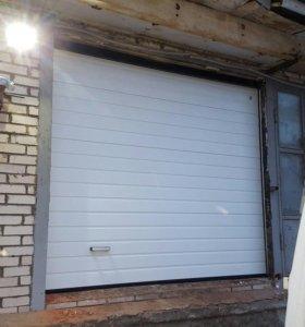 Ворота гаражные Алютех секционные 2500х2500