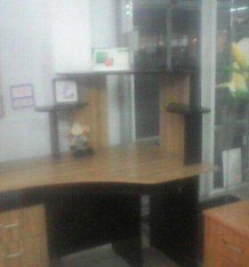 Кампюторный стол