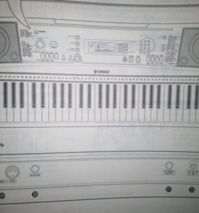 Синтезатор Yamaha PSR-R300 Portatone
