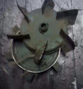 Окучник, картофелекопалка, колеса