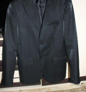 Пиджак р.46, произ-во Италия