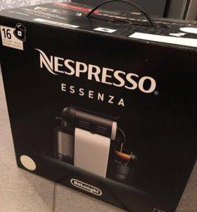 Кофеварка Nespresso DeLonghi