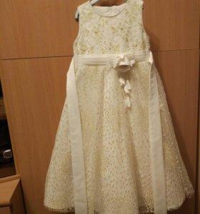 Шикарное платье на рост 104-110