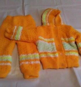 Костюм детский двойной вязки в идеальном состоянии
