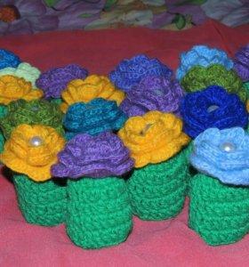 Колпачки- цветочки на яички