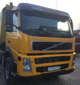 Услуги грузовика 30 тонн,  20 кубов