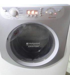 Продам стиральную машину Аристон