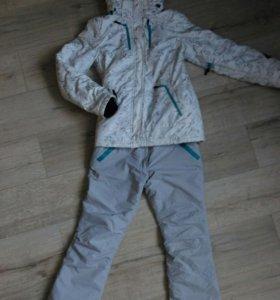 Горно лыжный спортивный костюм