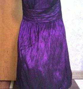 Красивое платье,42р-р.