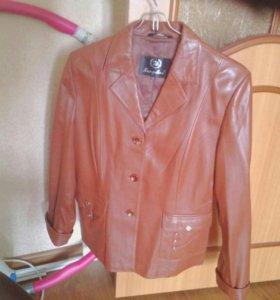 Куртка женская, р-р. 48-50