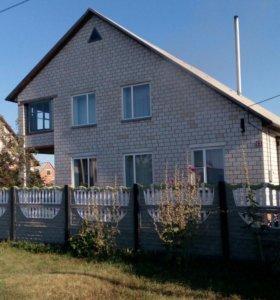Дом 140 кв. м на участке 12,5 сот.