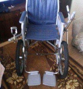 Инвалидная коляска с ручным приводом
