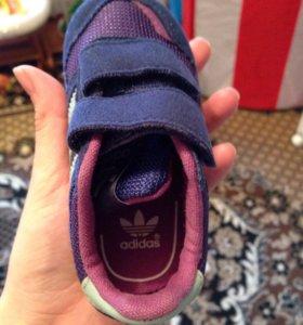 Кроссовки addidas 20 р