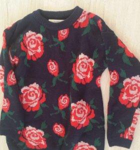 Свитер с розами