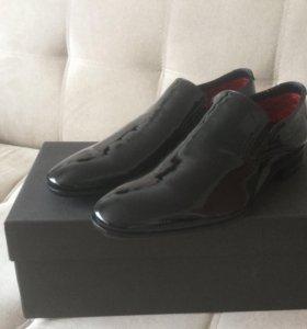 НОВЫЕ мужские ботинки BRUNOMAGLI
