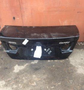 Крышка багажника Toyota Camry 50,55