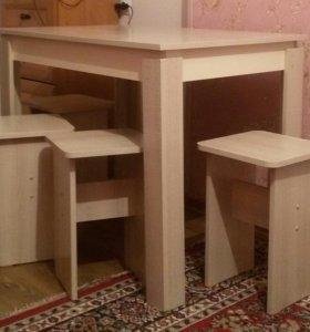 Обеденный стол и 4табурета