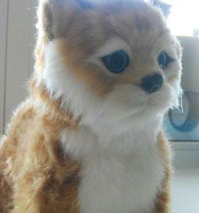 Кот игрушечный на батарейках