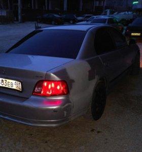 Автомобиль митцуюиси галант 2002 года