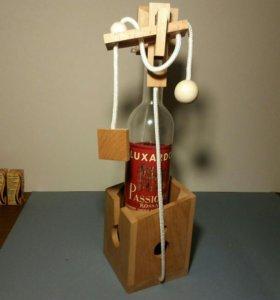 Головоломка-подставка под бутылку