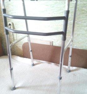 Ходунки шагающие - для инвалидов и пожилых людей