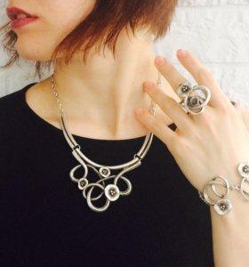 Набор: колье, кольцо, браслет