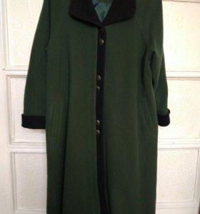 Продается драповое пальто