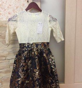 Два новых платья , с этикеткой