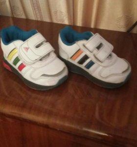 Обувь кроссовки адидас adidas