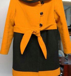 Пальто демесизонное