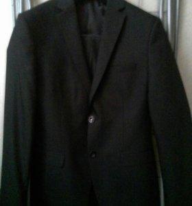 Мужской костюм брюки 46 пиджак 48 новый