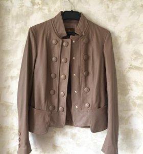 Куртка кожаная Италия 42