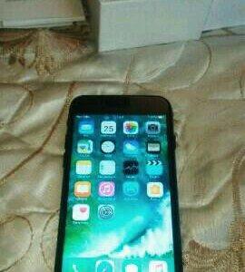 iPhone 7 (черный)