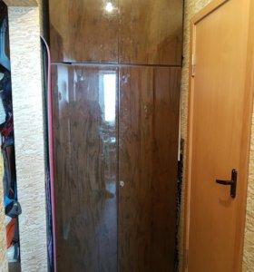 Шкаф двустворчатый с антресолью полированный