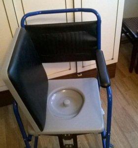 Кресло инвалидное с туалетом