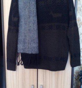 Теплый зимний свитер с оленями и шарф