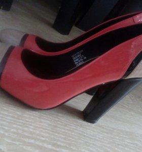 Женские туфли 36 р-р.