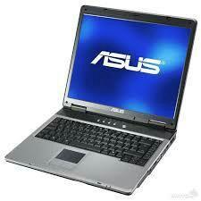 Старенький, рабочий ноутбук
