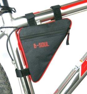 Сумка треугольник для велосипеда на раму на липучк