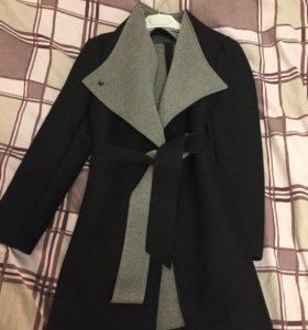 Новое тонкое пальто