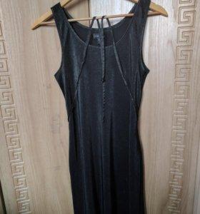 Короткое платье amisu