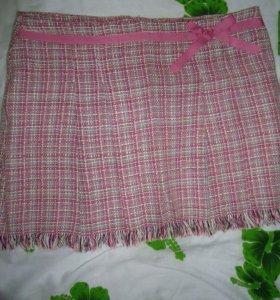 Модная юбка красивого цвета