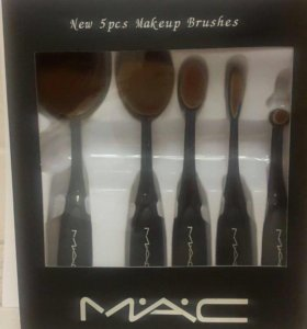 Щетки для макияжа MAC
