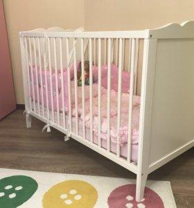 Продаётся детская кроватка с матрасом