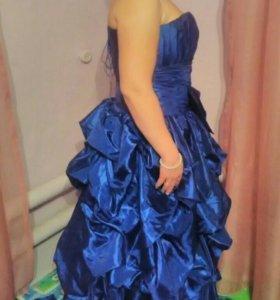 Свадебное/  платье