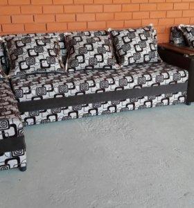 Угловые диваны с креслами
