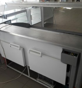 Холодильная витрина Гольфстрим.